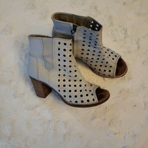 TOMS Gray Perforated Open toe Ankle Boots sz 7